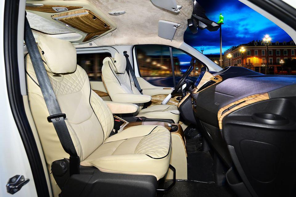 Ford Tourneo limousine 11