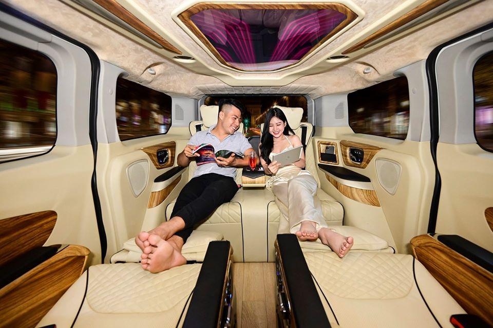 Ford Tourneo limousine 45
