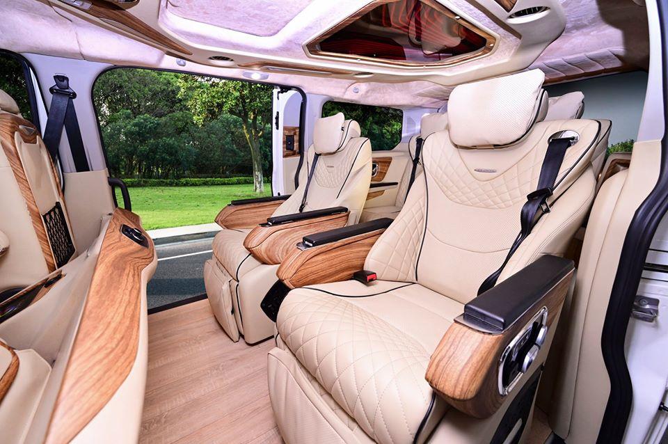 Ford Tourneo limousine19