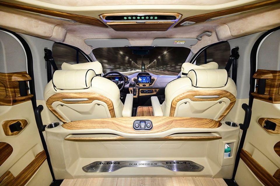 Ford Tourneo limousine 21