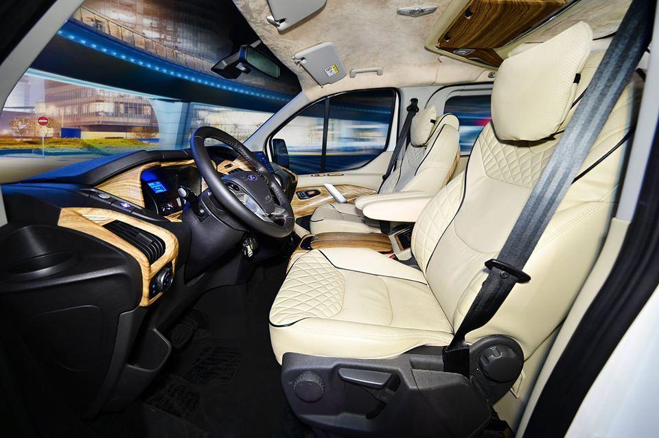 Ford Tourneo limousine22