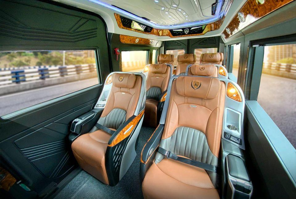 Hyunhdai Solati Limousine 10 Chổ Dcar Hạng Thượng Đỉnh 2021