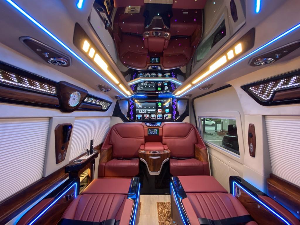 ford transit limousine  dcar president  4