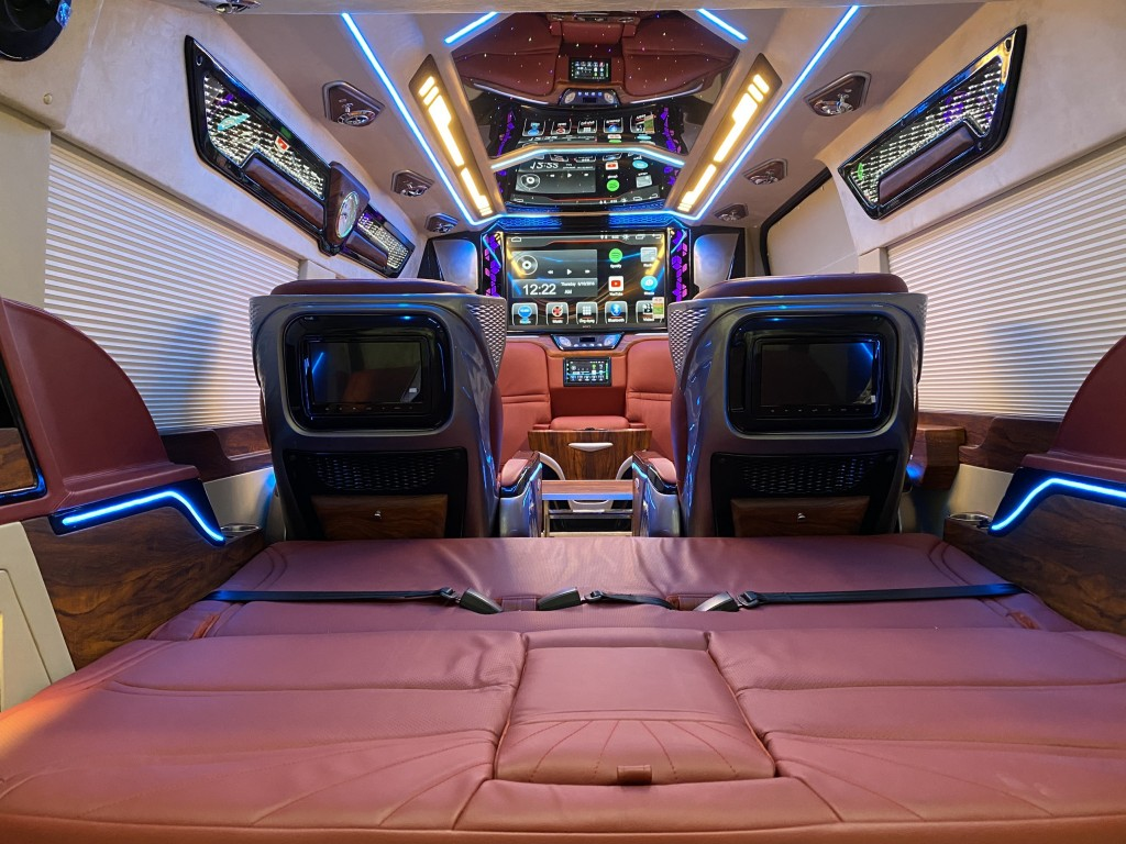 ford transit limousine  dcar president  7