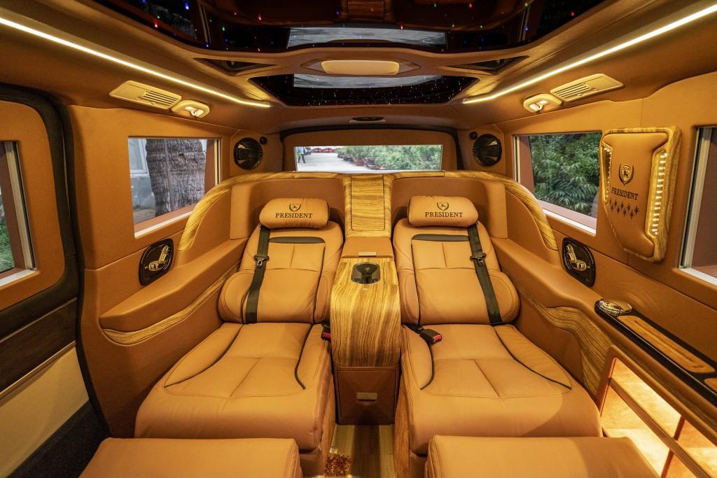 xe Mec V250 Limousine 4